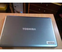 Ноутбук Toshiba 17